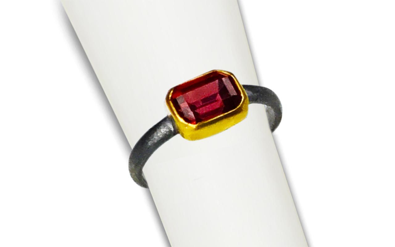 Scarlet Red Garnet - set in 22kt gold and heavy black oxidized silver.